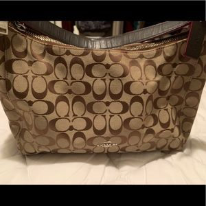 Coach hobo shoulder bag brown signature